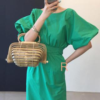w closet - 新作❤ボリューム袖 背中Vカット タイトワンピース グリーン リボン