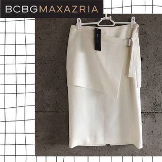 ビーシービージーマックスアズリア(BCBGMAXAZRIA)のBCBG MAXAZRIA♡新品 ベルト付き膝丈スカート 白(ひざ丈スカート)