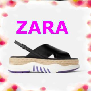 ZARA - クロスウエッジスニーカー