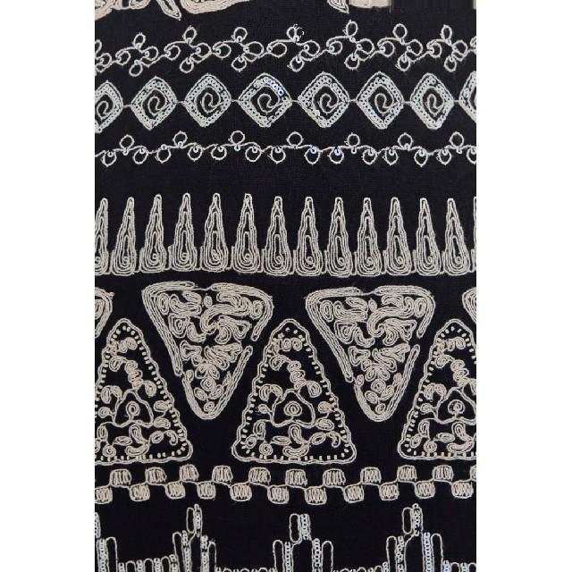 ZARA(ザラ)のZARA ザラ 新品 LIMITED EDITION 刺繍ワンピース 刺繍 レディースのワンピース(ロングワンピース/マキシワンピース)の商品写真
