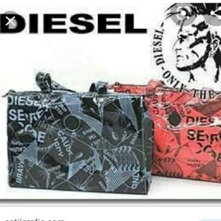 ディーゼル(DIESEL)のDIESEL  ビニールバッグ。ユニセックス。(トートバッグ)