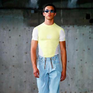 マルタンマルジェラ(Maison Martin Margiela)のGmbH トップス オレンジ(Tシャツ/カットソー(半袖/袖なし))
