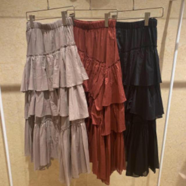 snidel(スナイデル)のsnidel シアーティアードスカート ブラック 1 レディースのスカート(ロングスカート)の商品写真