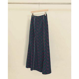 トゥデイフル(TODAYFUL)のTODAYFUL トゥデイフル Geometric Piping Skirt(ロングスカート)