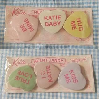 ケイティー(Katie)のKatie ハート キャンディーハーツ バッジ2(ブローチ/コサージュ)