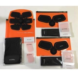 シックスパッド(SIXPAD)のSIXPAD 新品 シックスパッドAbs fit ボディフィットBody fit(トレーニング用品)