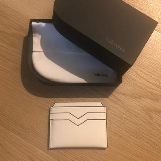 ヴァレクストラ(Valextra)のヴァレクストラ カードケース 白(財布)