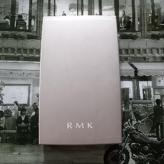 アールエムケー(RMK)のRMK シルクフィットフェイスパウダー01(フェイスパウダー)