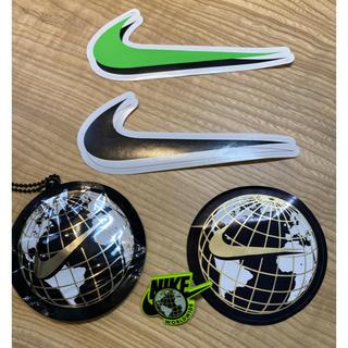ナイキ(NIKE)のNIKEエアマックス worldwideピンバッチ シールセット非売品(ノベルティグッズ)