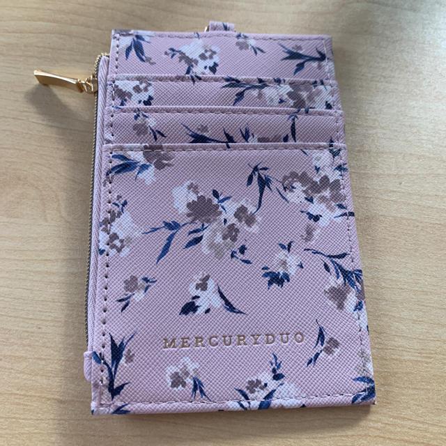 MERCURYDUO(マーキュリーデュオ)のマーキュリーデュオ 定期入れ レディースのファッション小物(名刺入れ/定期入れ)の商品写真