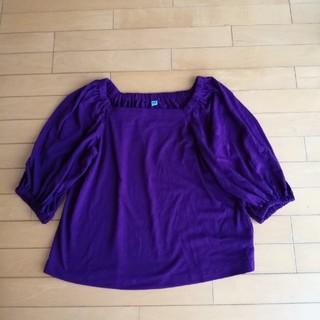 ユニクロ(UNIQLO)のUNIQLO Tシャツ パープル(Tシャツ(長袖/七分))