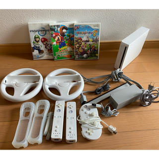 Wii - Wii 本体セット ソフト3本