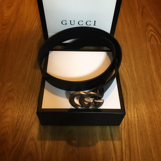 Gucci - GUCCI ダブルGベルト バックル レザー GGロゴ