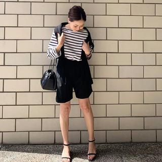 UNITED ARROWS - 新品!ブラック ショートパンツ