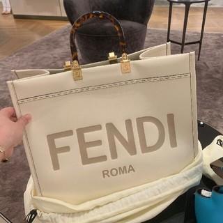 FENDI トートバッグ