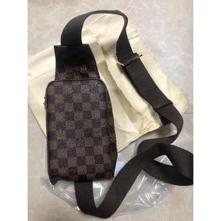 LOUIS VUITTON - Louis Vuitton ボディーバッグ