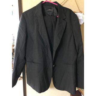 大きめサイズの夏用レディーススーツ(スーツ)
