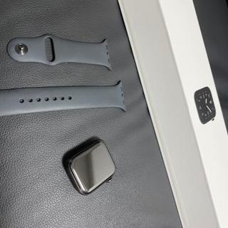 アップル(Apple)の再出品 Apple Watch series5 44mm チタニウムブラック(その他)