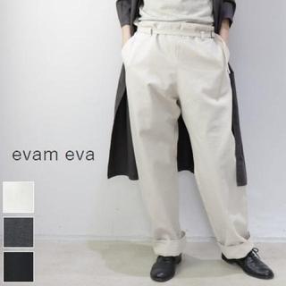 エヴァムエヴァ(evam eva)のエヴァムエヴァ パンツ(カジュアルパンツ)