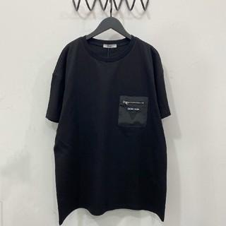 PRADA - 最新型Tシャツ