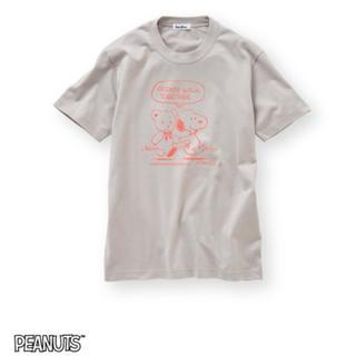 ファミリア(familiar)の【新品】ファミリア スヌーピー コラボTシャツ グレー (Mサイズ レディース)(Tシャツ(半袖/袖なし))