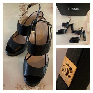 シャネル(CHANEL)のシャネル サンダル  マトラッセ 黒 ヒール  37 靴 CC ココマーク(サンダル)