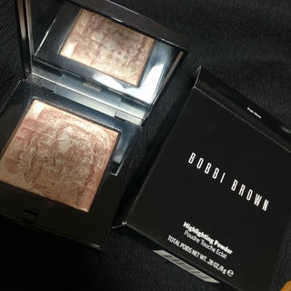 BOBBI BROWN - bobbi brown ピンクグロウ 01