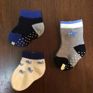 ユニクロ(UNIQLO)のユニクロ ベビー靴下 9-12㎝ 三足セット(靴下/タイツ)