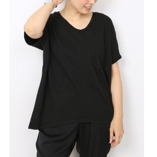 ドゥーズィエムクラス(DEUXIEME CLASSE)の新品タグ付き♡Deuxieme購入♡SKARGORNポケツキワイドTシャツ BK(Tシャツ(半袖/袖なし))
