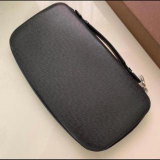 ルイヴィトン(LOUIS VUITTON)の正規品ルイヴィトン タイガ オーガナイザー トラベルケース 長財布(長財布)