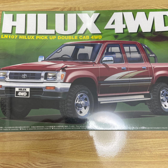 HILUX 4WD エンタメ/ホビーのおもちゃ/ぬいぐるみ(ミニカー)の商品写真