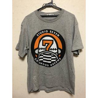 ジーユー(GU)のGU × STUDIO SEVEN Tシャツ グレー Sサイズ(Tシャツ/カットソー(半袖/袖なし))