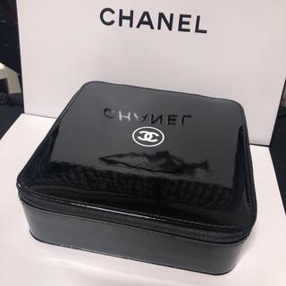 CHANEL - 新品 シャネル   メークポーチ  黒 箱型 メークボックス