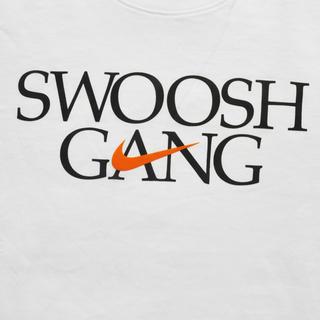 ナイキ(NIKE)のNIKE/ナイキ STANDARD FIT SWOOSH GANG半袖Tシャツ(Tシャツ/カットソー(半袖/袖なし))