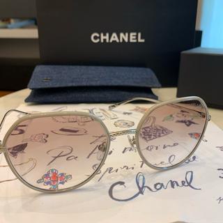 シャネル(CHANEL)のCHANEL サングラス ピンクベージュ クリア 2020ss 現行品(サングラス/メガネ)