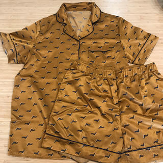 GU - GU ジーユー サテン パジャマ/M 半袖