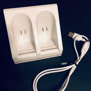 Wii - Wii  リモコン充電器