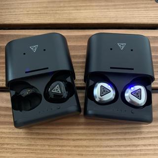アイフォーン(iPhone)のVIE FIT シルバー Bluetooth5.0対応 IPX5防滴 ブラックR(ヘッドフォン/イヤフォン)