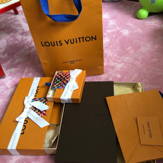 ルイヴィトン(LOUIS VUITTON)のルイブィトン空箱3個(ショップ袋)