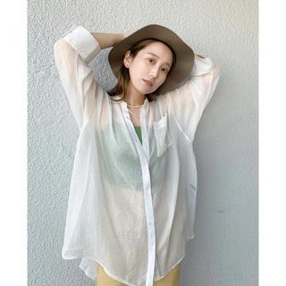 Kastane - シャイニーシフォンビッグシャツ/シアーシャツ/透けシャツ