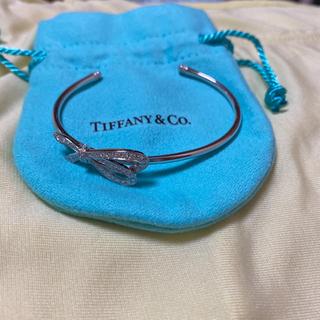 ティファニー(Tiffany & Co.)のティファニー ボウバングル  ブレスレット 定価594000円(ブレスレット/バングル)