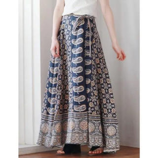 Ungrid - ungrid ペイズリープリントラップスカート