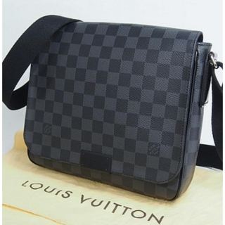 LOUIS VUITTON - 期間限定!!ルイヴィトンショルダーバッグ