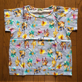フェフェ(fafa)のフェフェ 大人用Tシャツ ブルーキャッスル柄(Tシャツ(半袖/袖なし))