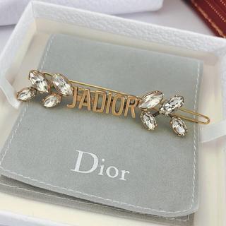 ディオール(Dior)のヘアクリップ ロゴ ストーン付きゴールド(バレッタ/ヘアクリップ)