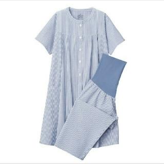 脇に縫い目のない サッカー織り 半袖パジャマ (マタニティ)