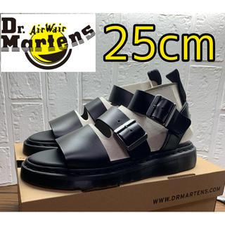 ドクターマーチン(Dr.Martens)の【新品】ドクターマーチン  グリフォン サンダル  レディース メンズ 25cm(サンダル)