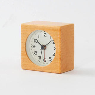 ムジルシリョウヒン(MUJI (無印良品))の【新品】MUJI ブナ材時計(アラーム機能付)(置時計)