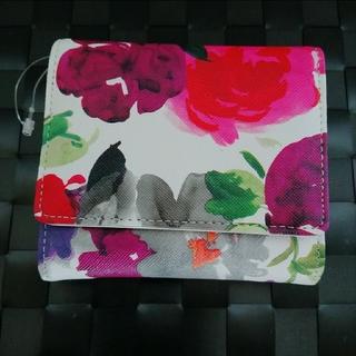 AEON - 新品 水彩画 花柄 折り財布♥️しまむら アベイル