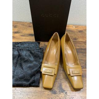 グッチ(Gucci)の新品未使用 GUCCI イエロースクエアパンプス 23cm前後(ハイヒール/パンプス)